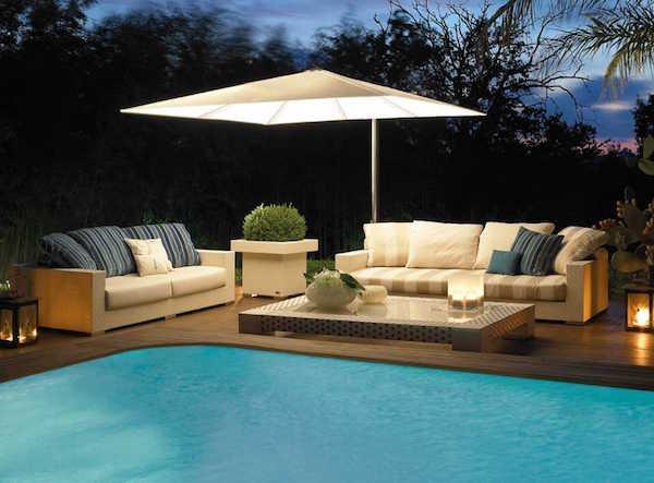 giardino con piscina design esterni : Idee e consigli darredo per spazi esterni: giardini, balconi, verande ...