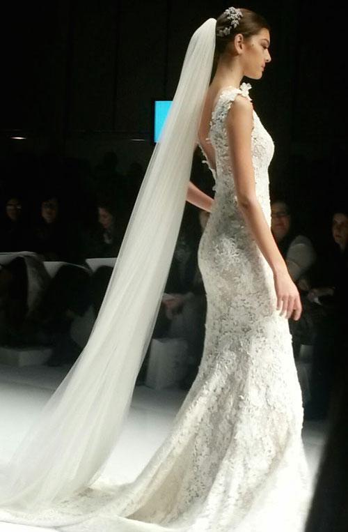 da956bfc81 Pronovias Fashion Show  la collezione sposa firmata Pronovias
