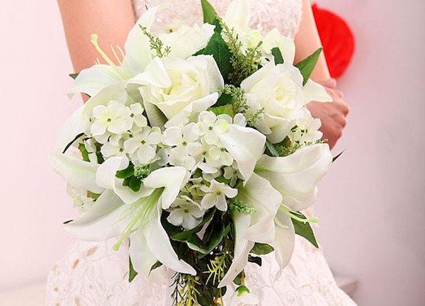 Bouquet Sposa Gigli.6 Idee Per Un Bouquet Da Sposa Fatto Su Misura Per Voi