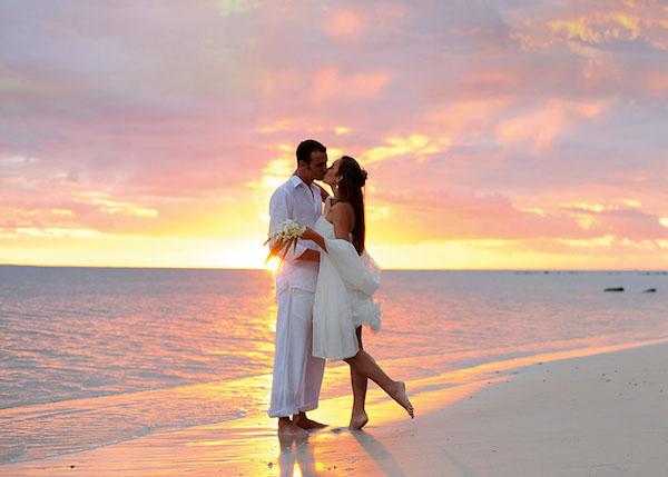 Un matrimonio sul mare romantico e indimenticabile for Sposi immagini