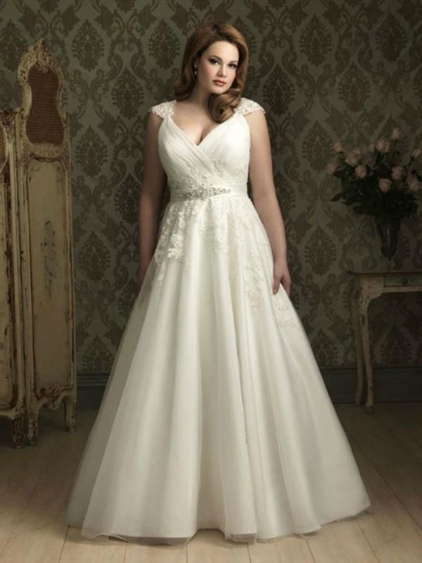 Eccezionale L'abito da sposa perfetto per la donna curvy e formosa MU33