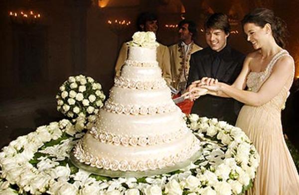 Bomboniera Matrimonio William E Kate.Le Torte Nuziali Dei Reali E Dei Divi Del Cinema