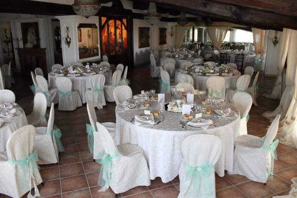 Auguri Matrimonio Amici Intimi : Come disporre ai tavoli gli invitati di un ricevimento di nozze