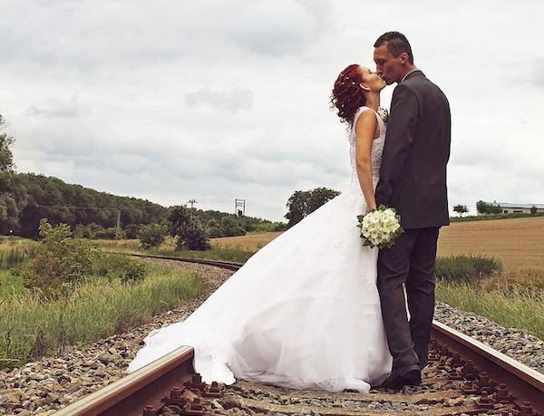 Idee Per Matrimonio Tema Girasoli : Idee per un matrimonio a tema viaggi