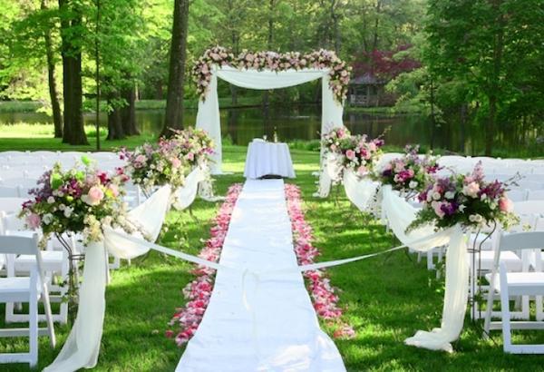 Matrimonio Tema Primavera : Idee per un ricevimento di nozze primaverile